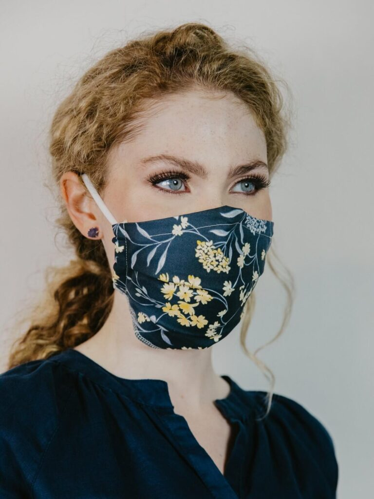 Ash & Rose sustainable face mask