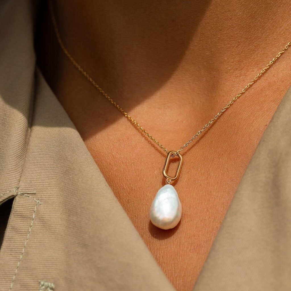 AUrate ethical jewelry brand