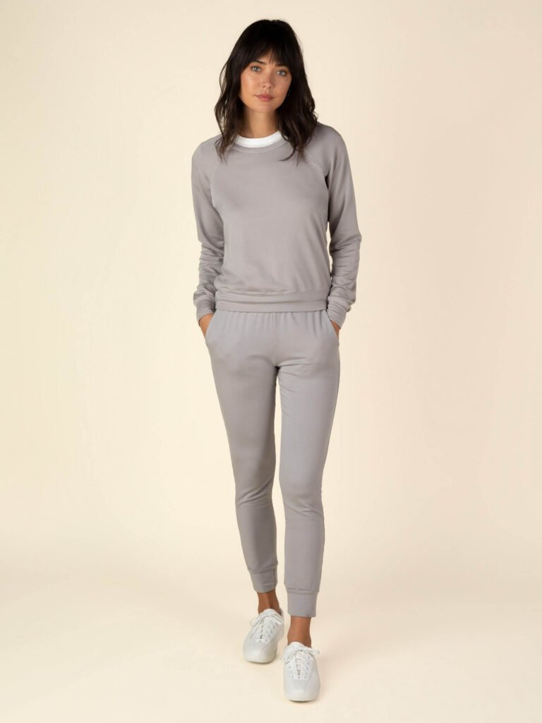 Graceful District's ethical loungewear