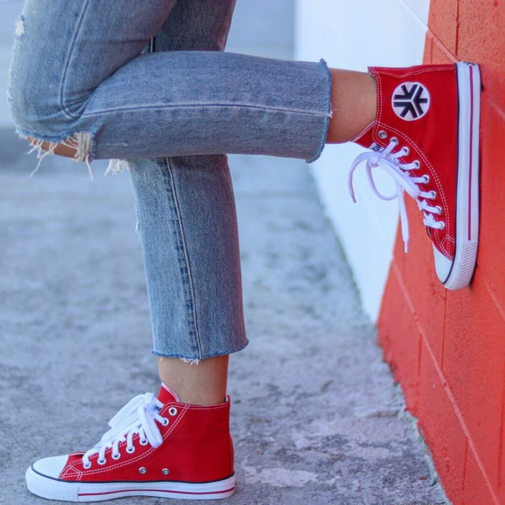Etiko sustainable sneakers