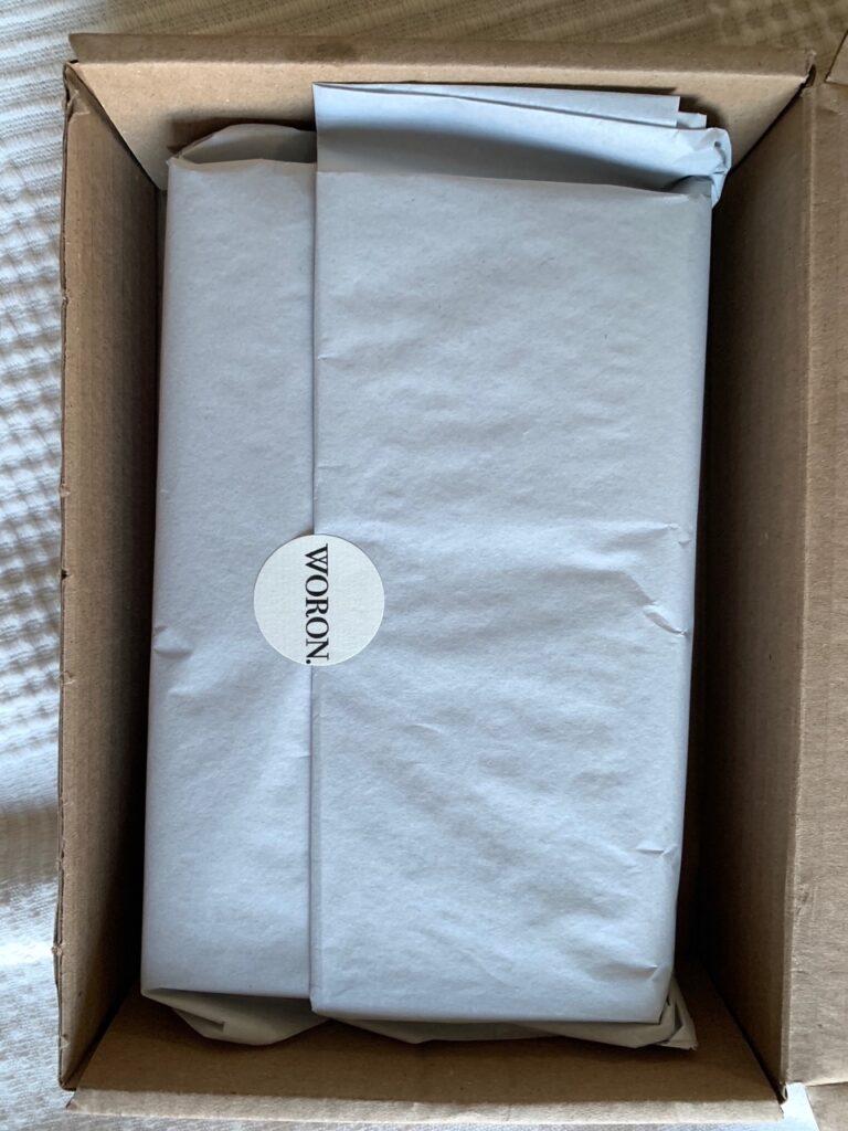 WORON recycled cardboard packaging