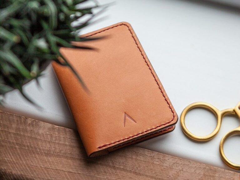 Best Sustainable and Eco Friendly Wallets