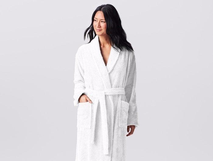 Coyuchi organic cotton bath robe in white