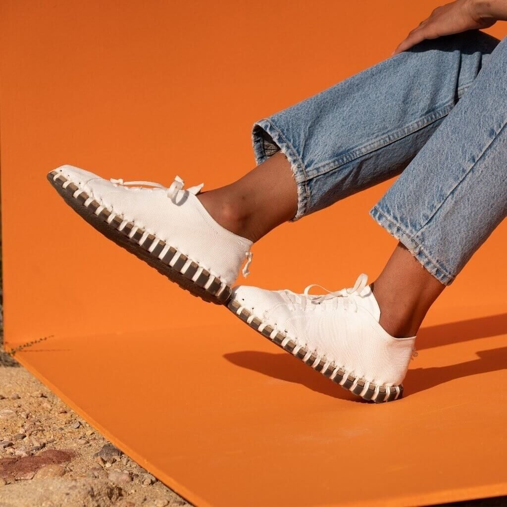 Kengos knitted sustainable shoe in white