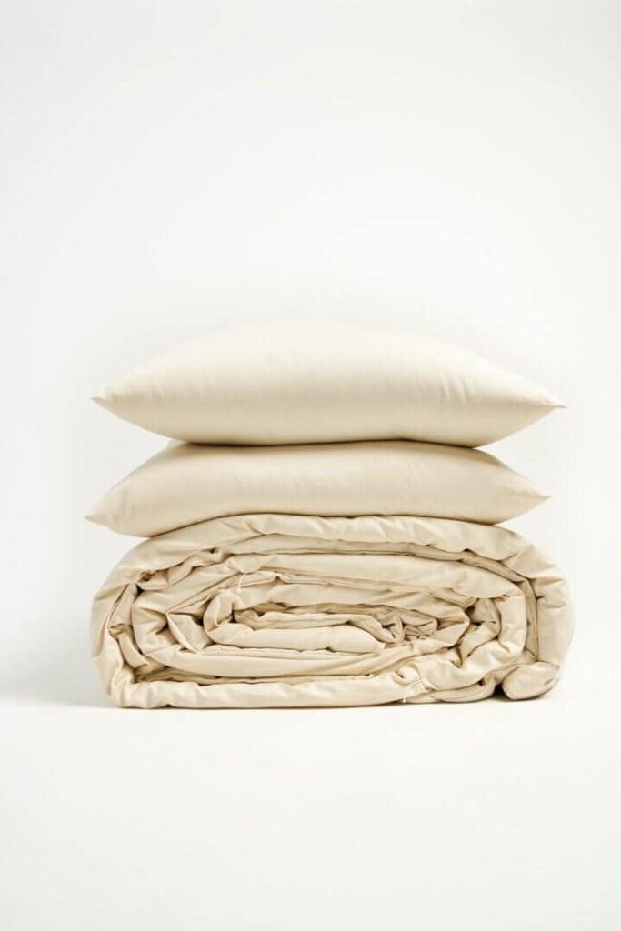 Takasa handmade organic cotton and wool comforter